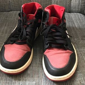 Air Jordan 1 Retro Mid Black Gym Red Canvas Bred